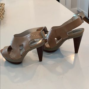 Michael Kors beige high heels